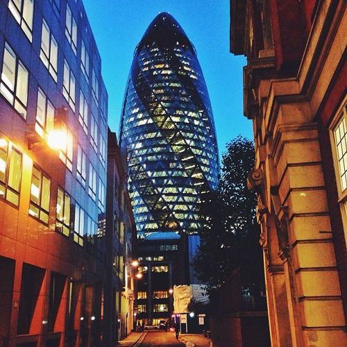 Used to be #London's #icon, now is almost hard to find it? #thegherkin #stmaryaxe #night Ig_london Aauk Night Capture_today Mashpics Top_masters London From_city Pro_shooters Vscocam Uk_potd Icon Fmcz VSCO Gramminginlondon Gherkin Londonthroughmycam Thegherkin Timeoutlondon Allshots_ Stmaryaxe London_only Alan_in_london Igers_london