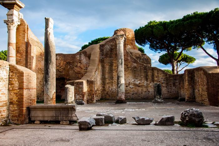 A glimpse of the Forum in the Ostia Antica site (Rome) Ostia Antica Roman Forum Old Ruin History Ancient Ancient Civilization Sky Cloud - Sky Architecture Archaeology Architectural Column Travel Destinations Built Structure Nature Building Exterior Sunlight Damaged Outdoors
