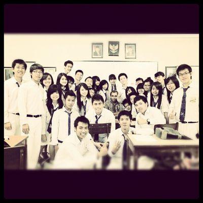 XIIE LC 2012/13 Friends Koleseloyola Classmate
