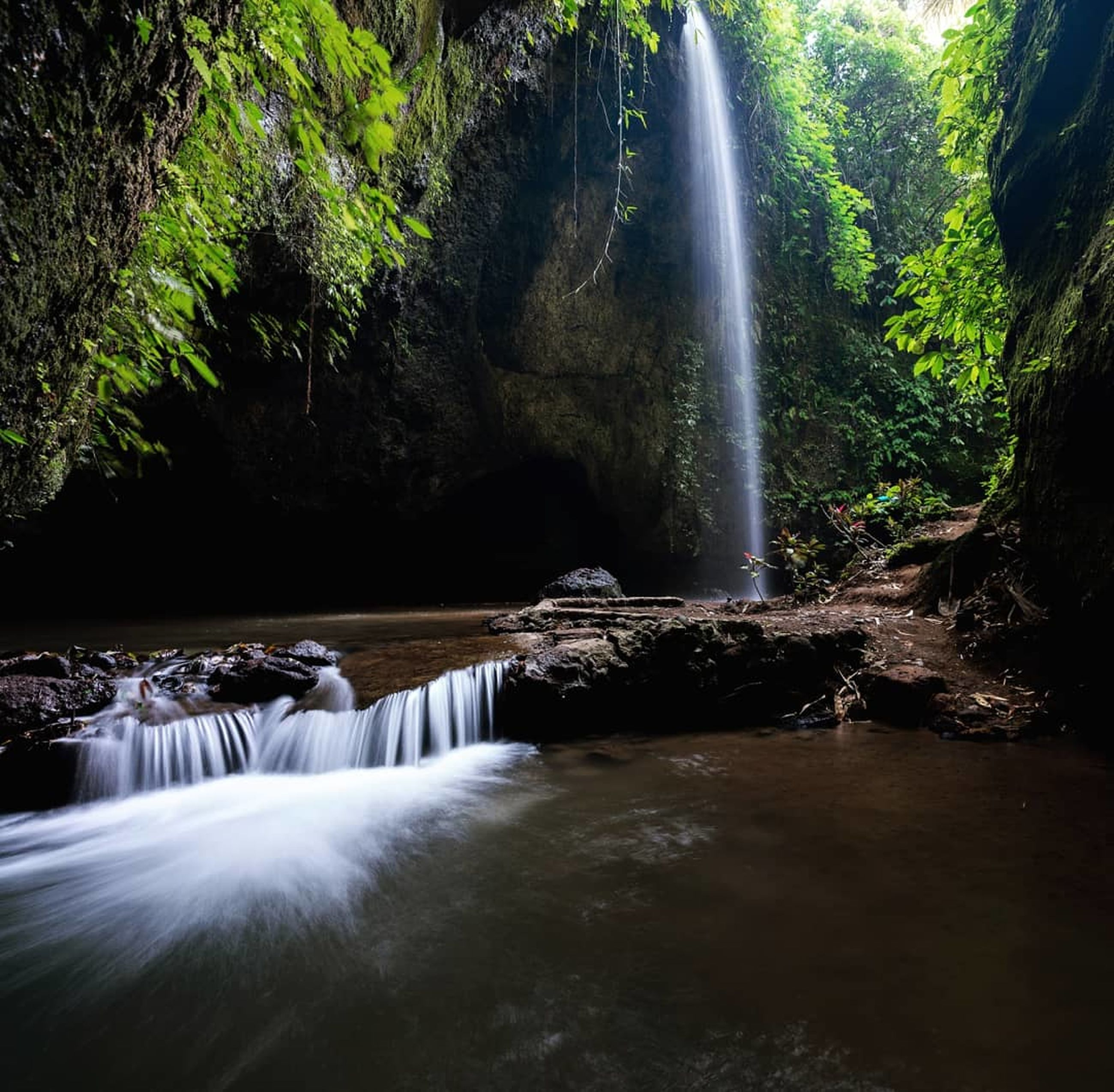 waterfall, water, long exposure, flowing water, motion, scenics - nature, tree, forest, blurred motion, beauty in nature, nature, flowing, land, plant, splashing, solid, power in nature, environment, no people, rainforest, outdoors, falling water, stream - flowing water