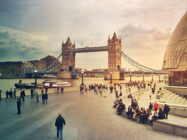 Great place to swarm Where Do You Swarm? London EyeEm Best Shots Urban Escape The Traveler - 2015 EyeEm Awards The Great Outdoors - 2015 EyeEm Awards The Architect - 2015 EyeEm Awards Capture The Moment Seeing The Sights EyeEm Bestsellers EyeEmPaid Mydeyeempaid London Lifestyle מיילונדון EyeEm LOST IN London Your Ticket To Europe מיימרקט Postcode Postcards