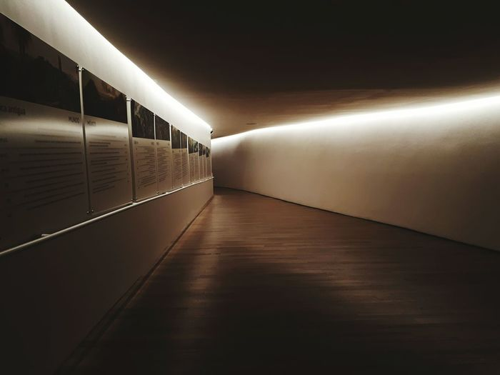 No People Illuminated Architecture Indoors  Galaxya52017 Visit At The Museum Paintings Museo Soumaya Museo Museun Across The Museum Iluminated Pasillo Oscuro Pasillos  Night The Week On EyeEm