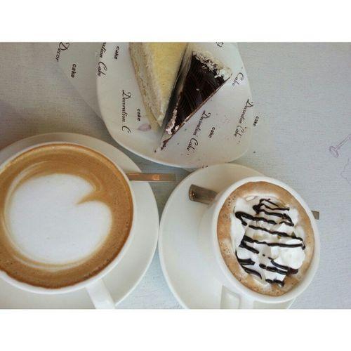 어제 달달한 하루였어 ㅋㅋ 일상 케이크 커피