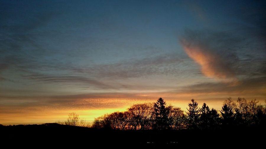 Arbeitsbeginn mit Sonnenaufgang