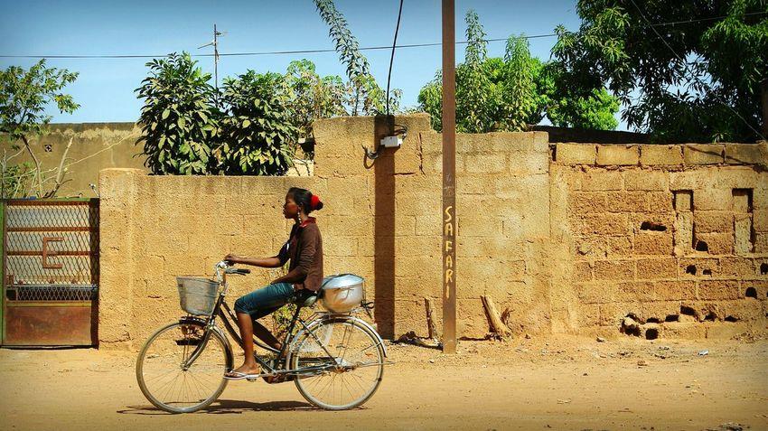 Project 55 min - 5/55 📷 Africa Burkina Faso Ouagadougou Street Street Photography Dirt Road Project55min Riding Bike African
