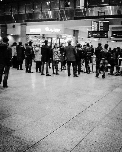 Awaiting... В ожидании... пулково Pulkovo Airport аэропорт чернобелое Blackandwhite Iloveyouspb