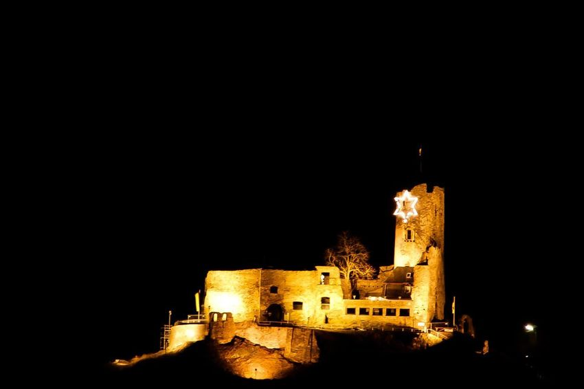 Castle at night EyeEm Selects EyeEm Gallery EyeEm Best Shots Building Exterior Architecture Night Built Structure Illuminated Building Copy Space History Clear Sky No People The Past Sky Tower Castle Outdoors City Travel Destinations Fort Nature Old