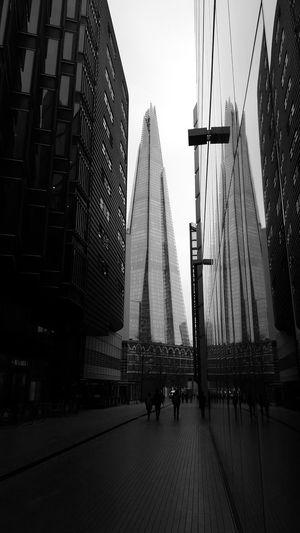 Theshard Theshardlondon London Building Reflection Architecture Blackandwhite Blackwhite Architecturelovers
