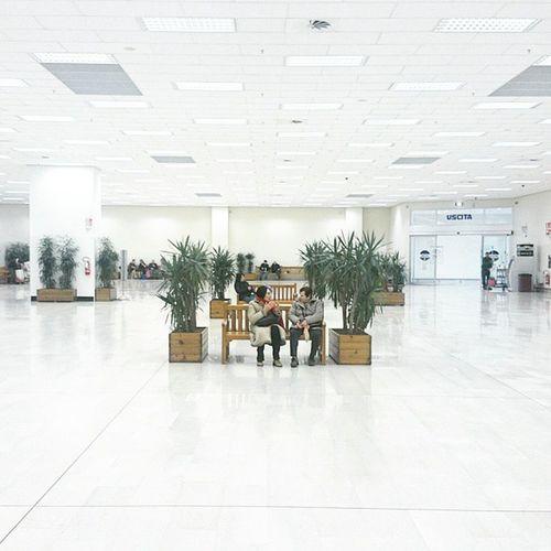 Emptyspace Shopping White Supermarket Milan Shinyhappypeople