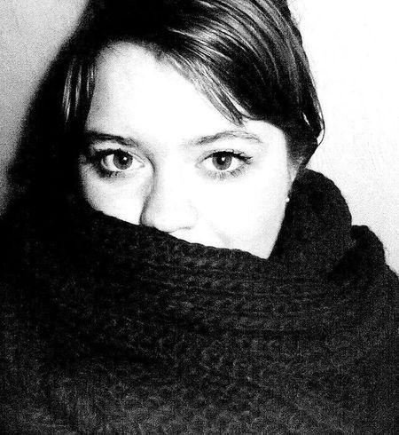 Black & White Eyes Hi! That's Me