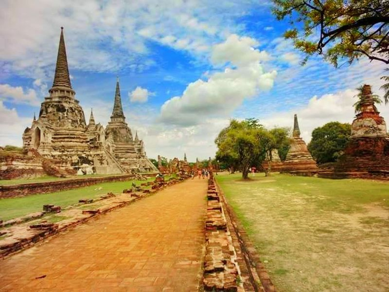 Ayutthaya Historical Park, Bangkok Beauty In Nature Thailandtrip Ayutthaya Thailand Thailand🇹🇭 Thailand Love Thailand Photos Religion Pagoda Architecture Travel Destinations History Travel Spirituality Built Structure Landscape Sky Ancient Civilization Building Exterior Day Nature Outdoors No People Tree