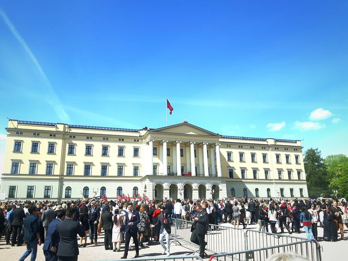 Norway National Day Constitution Day Constitution Day Of Norway Norway Norway 2016 King Queen Oslo Oslolife Palace Royalfamily Royalpalaceoslo Royalpalace Adapted To The City