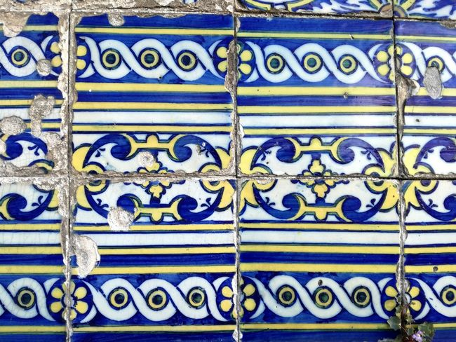 Full Frame Pattern Backgrounds Closed Design Outdoors Close-up Day Blue Textured  No People Multi Colored Building Exterior Architecture Portugal_em_fotos Portugal Is Beautiful Azulejos Azulejosportugueses Azulejos Porto Portugal Blue And White Blue Color