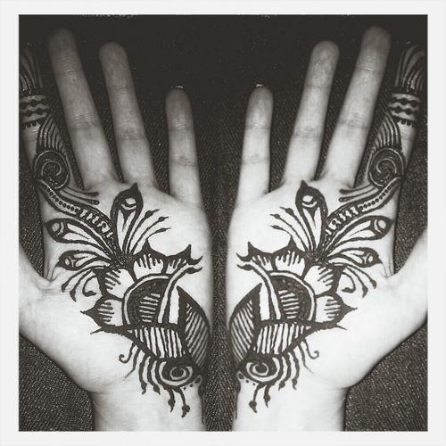 a simple henna drawing. My Drawing Henna Bodyart Tattoo