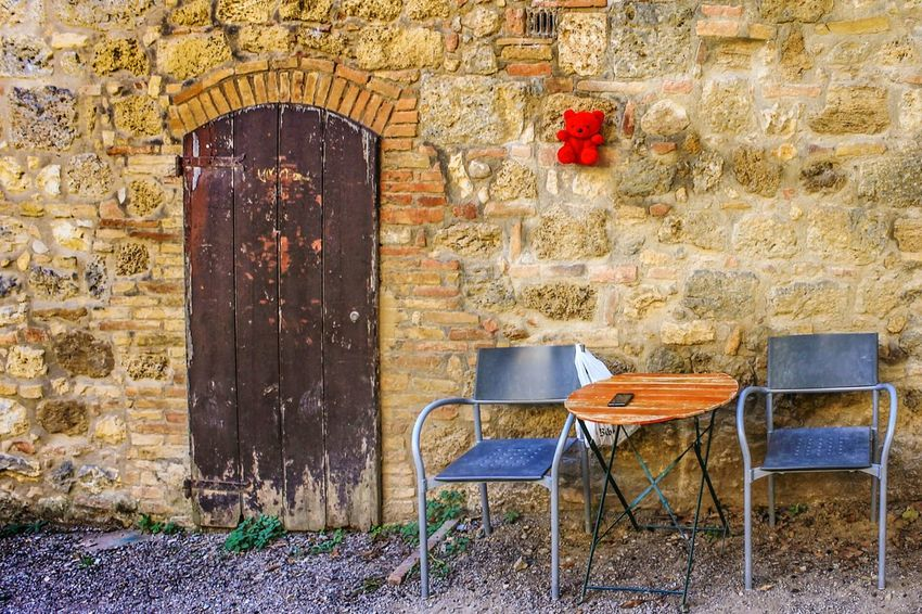 The Secret Spaces Chair Architecture No People Day Indoors  Street PhotograpyArt Is Everywhere Outdoors Streetphoto_color Two People Emptiness San Gimignano Long Goodbye