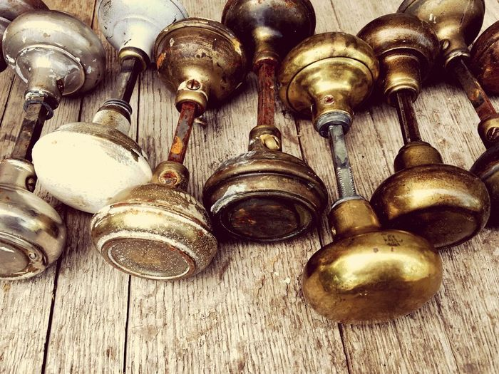 Indoors  No People Variation Large Group Of Objects Close-up Day Door Knob Hardware Full Frame Low Angle View Gold Colored Door Hardware Door Knobs vintage Vintage Vintage Style Vintage Hardware Metal Old Hardware Vintage Hardware No People,