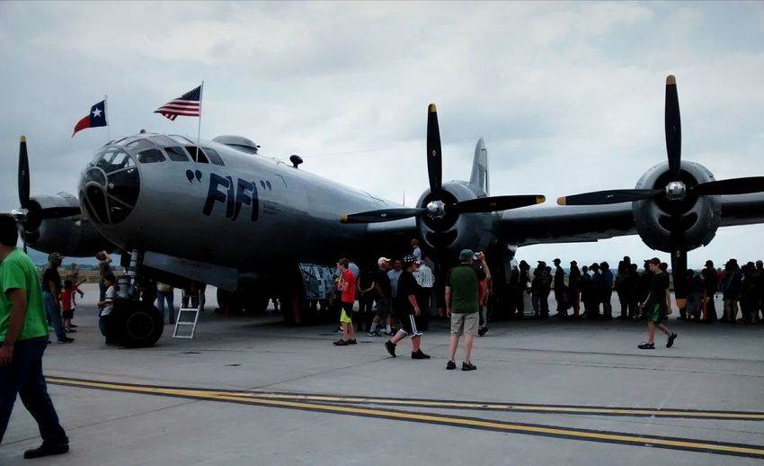 People waiting to see B-29 from WWII Taking Photos Enjoying Life Travel Air Plane