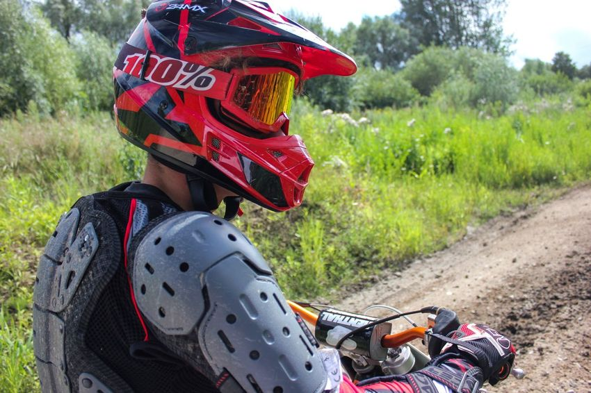 Real People One Person Backpack Day Sport Protective Workwear Men Extreme Sports Outdoors One Man Only Headwear Nature Adult People Only Men Close-up Ktm Motorbike