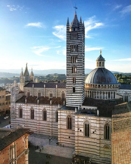 """Cor magis tibi Sena pandit"" Sienacathedral Tuscany Captures Architecture Duomo Di Siena Pics Picoftheday Moments Wiew Italy Thegreatbeauty"