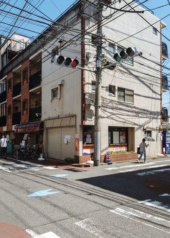Tokyo, Japan, 2018. 7492 https://instagram.com/p/BnWJ_eBlkSP/ EyeEm Gallery Japan Photography Architecture Building Exterior Built Structure City Building Transportation Street Road Sunlight Outdoors