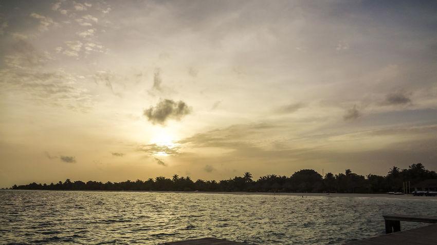 Beach Beachphotography Day Dusk Kuredu Kuredu Beach Maldives Maldives Islands Maldives Resorts Maldiveslovers Maldivesphotography Nature Scenics Sunset Water