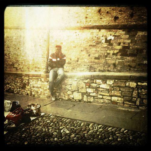 streetphotography at BERGAMO Nessun Flash Pellicola Cano Cafenol Streetphotography