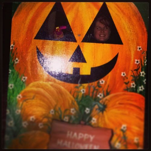 Happyhalloween from Poppypbird & us. May your NewYear be all you want it to be & may Thewheeloftheyear turn swiftly toward the light!