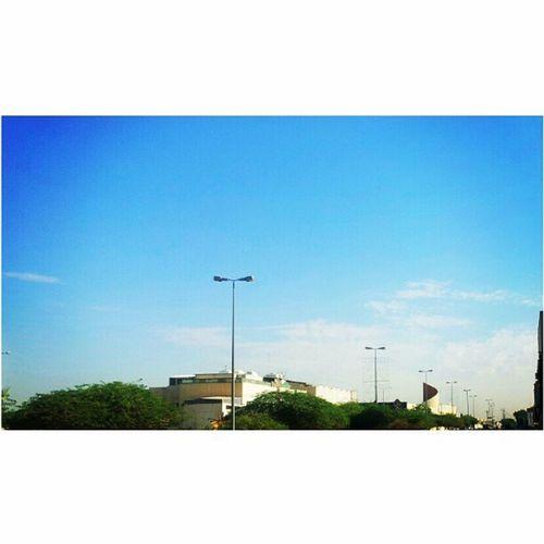 غيوم على اطراف مدينة الرياض