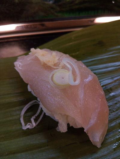 ネタの名前聞くの忘れちゃった(苦笑) 寿司 Sushi EyeEm EyeEm Best Shots EyeEm Gallery 握り Japaneasefood UnderSea Sea Life Underwater Close-up Animal Themes