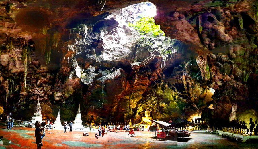 Khao Luang Cave Amazingthailand Tourismthailand Thailand Thailandluxe Travelthailand Phetchaburi Khaoluangcave Recyliningbuddha Cave Temple History Naturephotography Nofilter Nature Wideangle Tree Water Historic