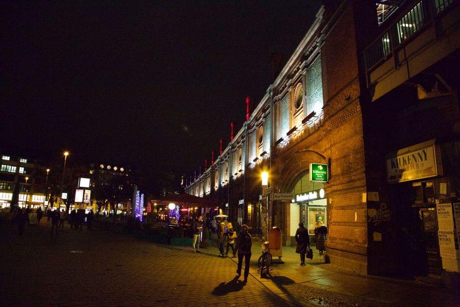My Fuckin Berlin Berlin Die Radikalen Foto Hools Tadaa Community Berliner Nächte Berliner Lichter Light Up Your Life Lights Light Streetphotography
