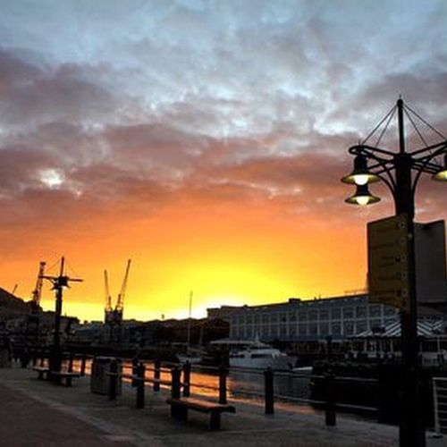 Cape Town, Victoria and Alfred mall, waterfront. Capetown Vanda Sunset VictoriaAndAlfred Waterfront