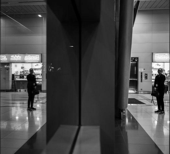 Dubai Reflection Adult Architecture Corridor Evening Fujifilm Illuminated Indoors  Mirrorless People Real People Reflection_collection Week On Eyeem Xpro1