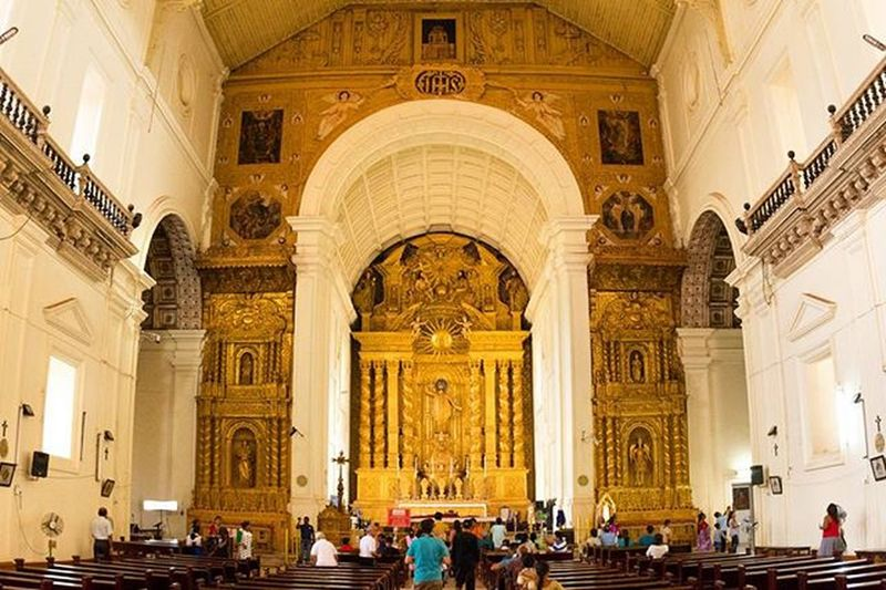 Inside one of the famous church of Goa, India Basilica of Bom Jesus, Old Goa Pilgrimage and surroundings made of 200kg of pure Gold. India Incredibleindia Holyplaces Church Jesus Pray Peace Love Gold Wideangle Photography