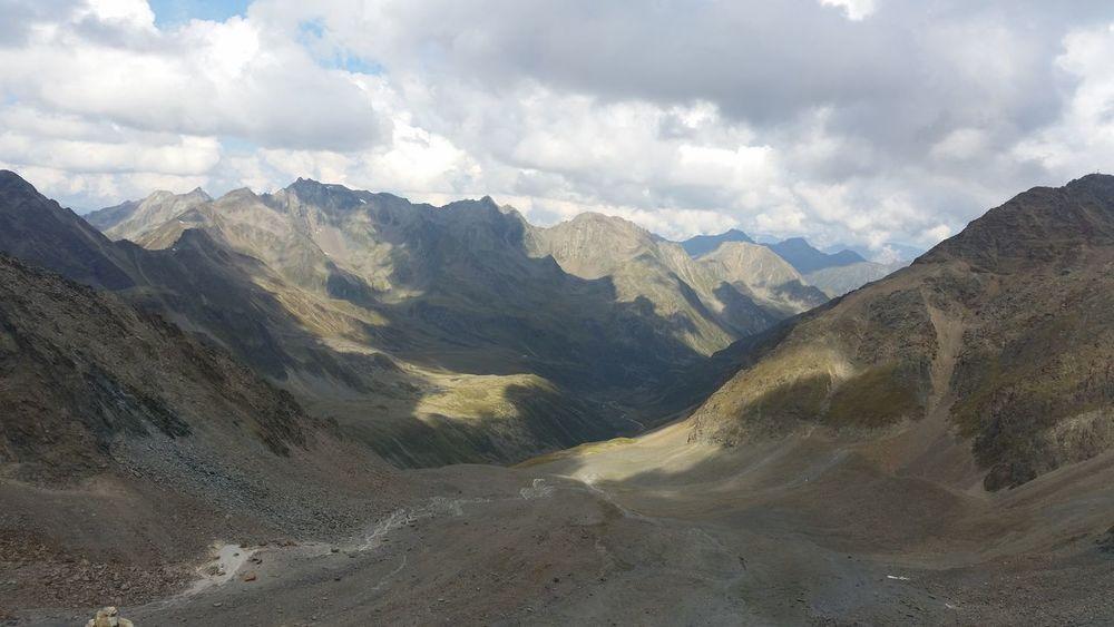 EyeEm Selects Mountain Cloud - Sky Mountain Range Landscape Nature Beauty In Nature Scenics