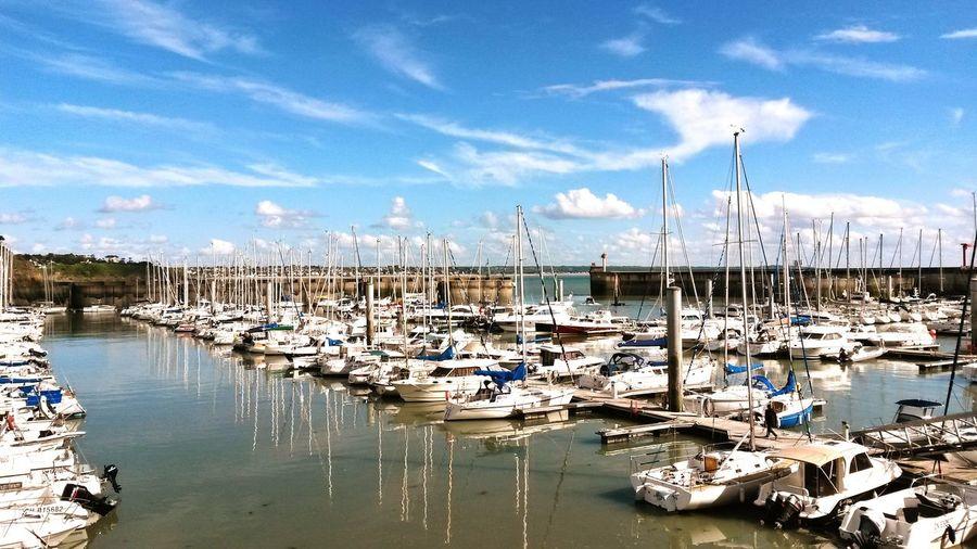 Granville, Normandy in France. Granville Granville ☀️ Normandie Normandy France Frankreich Vivelafrance Blue Sky Ship Ships Boat Boats⛵️ Sailboat Lovetheimage Ocean View Ocean