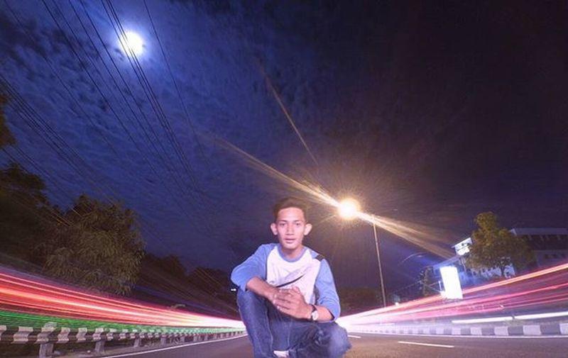 Banyak orang menyumbangkan lampu kendaraannya untuk saya, terimakasih 😄 Xiaomiyi Xiaomiyi_id Actioncam Longexposure