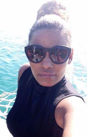 😎💃🏾💃🏾 Relaxing SexyGirl.♥ Hello World Beatiful Girl Glasses