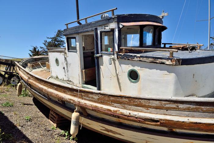 Rust Bucket @ Berkeley Marine Center 4 Antique Trawler Waiting For Restoration Boatyard Fishing Trawler Boats Boat Repairs And Restoration Not Quite Ready For Water Custom Yacht Builder Marina OCSC Sailing School