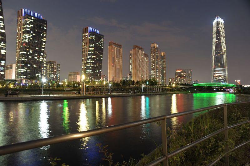 Inchen(song-do) korea City Night River