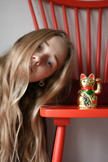 meow Magic Beautiful Venere Red Color Chair Golden Cat Girl One Person One Woman Only Indoors  Only Women Adult People Close-up Young Adult