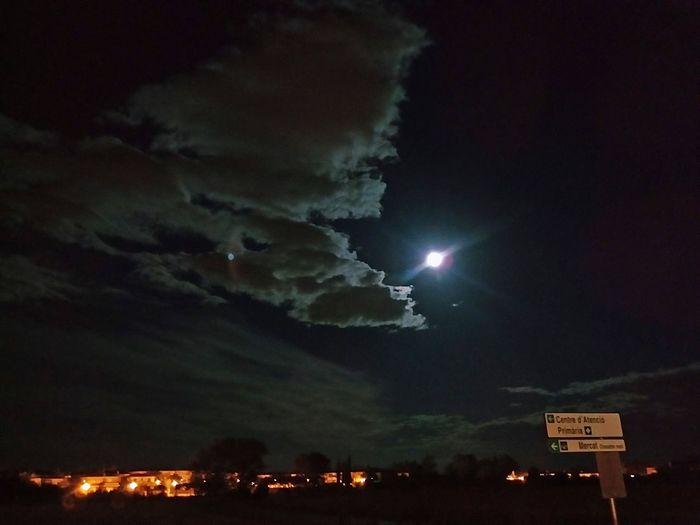 Colour Of Life Exposition Fine Art Photography Formas Y Colores Noche De Luna Llena Pulseras Sky And Clouds Vilafant, Spain