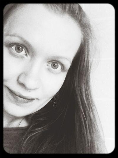 Selfie Without Makeup