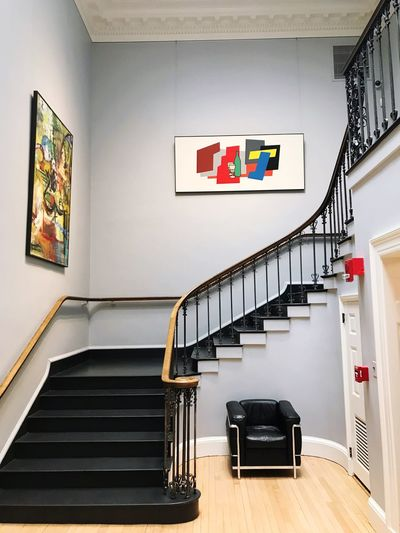 Placesiliketobe Museum Art Staircase Steps And Staircases Indoors  Architecture Railing Built Structure No People Spiral