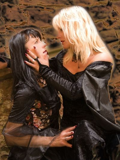 Outdoors Two People Lostplaces Lost Places Women Who Inspire You Sternfee Goodnight Good Morning Blonde Nina SexyGirl.♥ Sexygirl Good Morning! Blond Hair Beautiful Woman Blonde Girl Two Girls Girls Kissing Girls Middle Ages