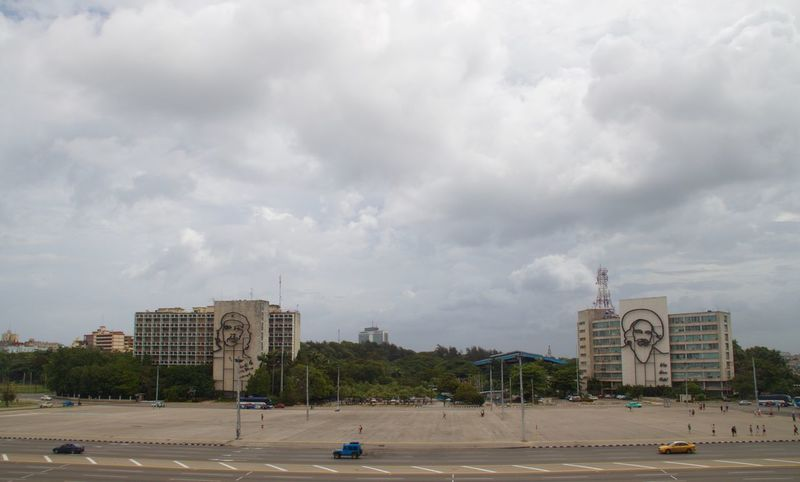 Che Cuba FidelCastro Havana Revolution Revolutionary Architecture Building Exterior Built Structure Che Guevara City Cloud - Sky Fidel Castro Land Vehicle Monument No People Outdoors Politics And Government Road Street Transportation Travel Destinations Been There.