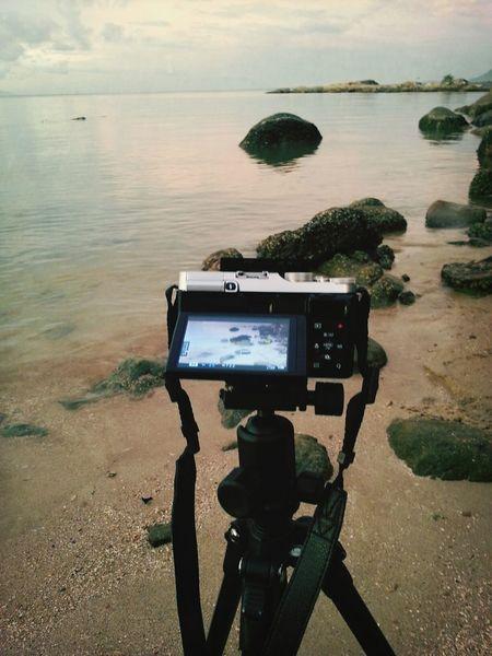 . . . Hunting Fuji Camera BEACH!  Taking Photos
