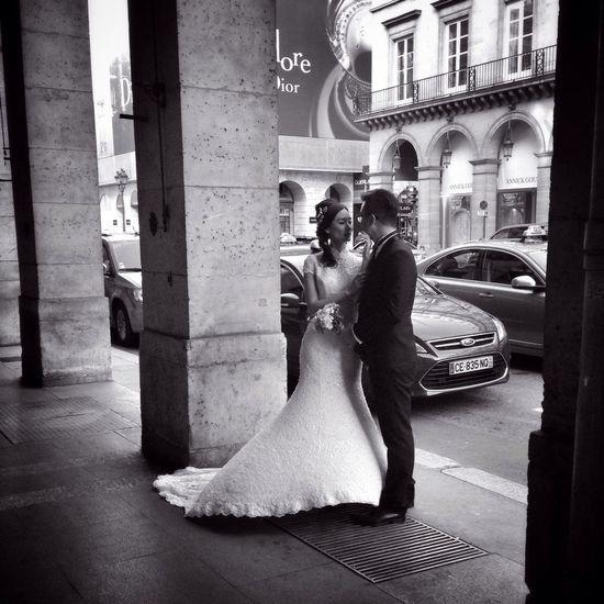 Bonne Soirée... Streetphoto_bw EyeEm Best Shots EE_Daily: Black And White BNW PARIS