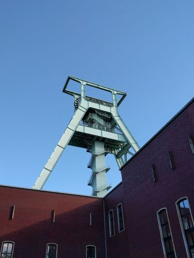 Bochum Bochum Impressionen Mining Heritage Mining Sky Steel Structure  Steel Steel Tower  Brick Building Archtitecture Ruhrgebiet Ruhrpott Ruhrpottromantik High Angle View EyeEmNewHere Steel Worker Tall - High Tower