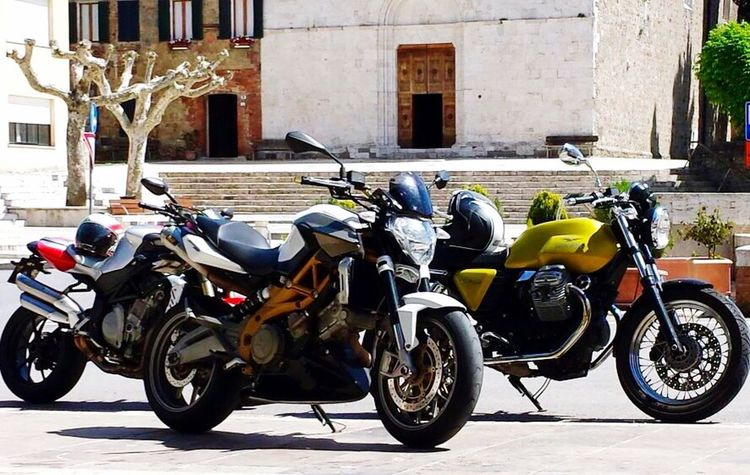 Enjoying Life Taking Photos Hello World Motoguzzi Aprilia Motorcycles
